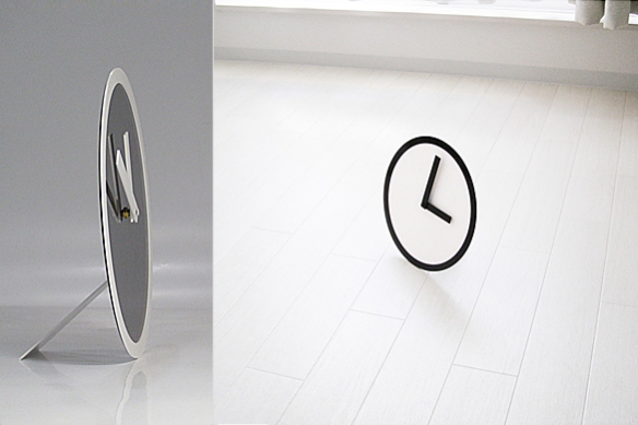 Picto Clock by Air Frame