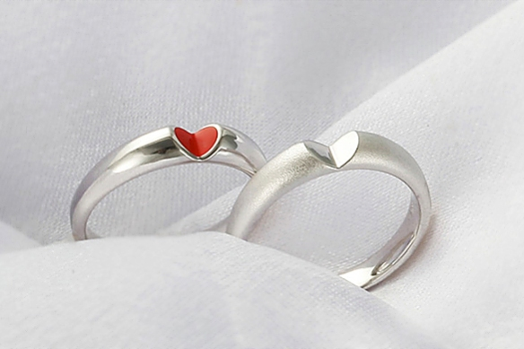 GIVE U MY HEART Rings by Innopark Design Studio