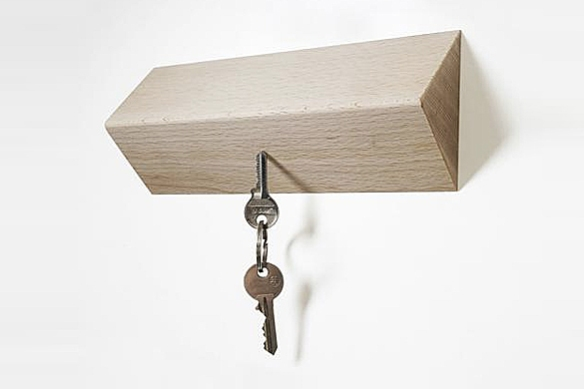 Matarile Magnetic Key Holder by Tomàs Bedós