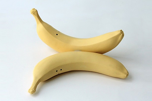BANANAS Salt and Pepper Shakers by Michiko Shimada | moddea