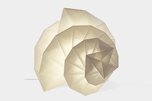Mendori Lamp by Issey Miyake | moddea