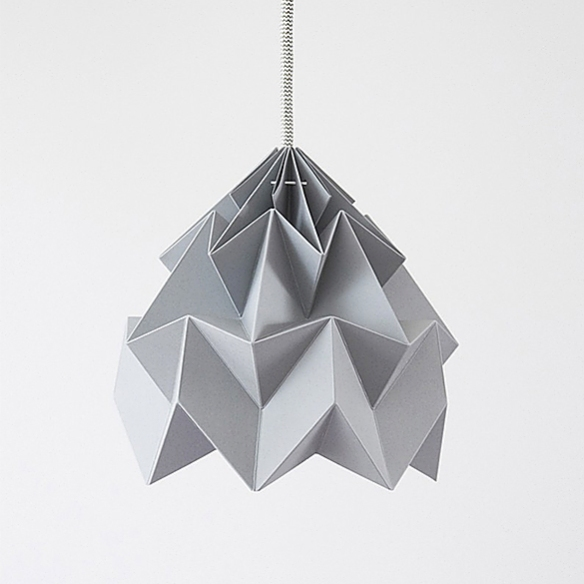 MOTH Origami Lampshade by Studio Snowpuppe | moddea