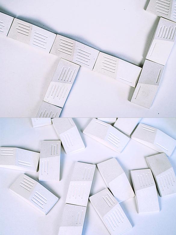 White BARE BONES Domino Set
