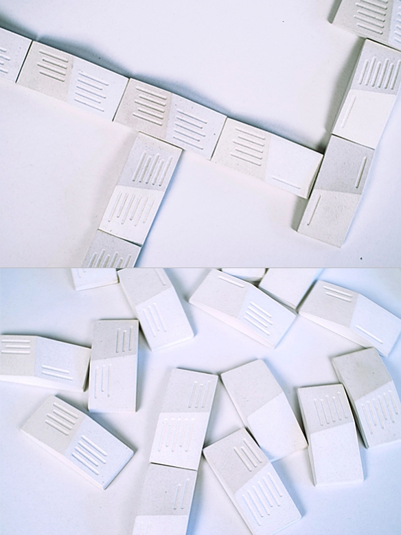 White BARE BONES Domino Set by The Principals | moddea