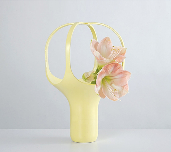 HEIRLOOM Vase by Benjamin Graindorge | moddea