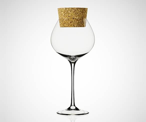 Conservatore Wine Glass by Gumdesign | moddea