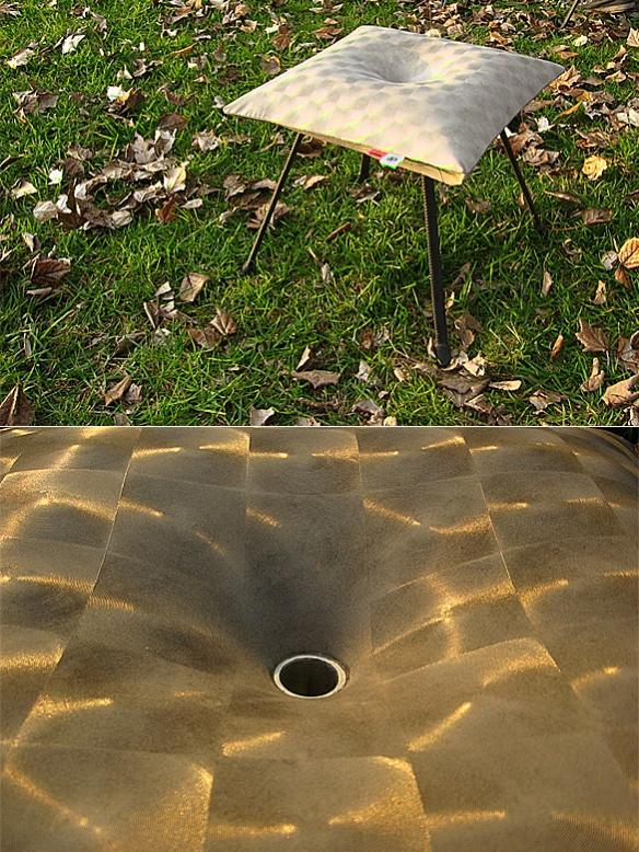 Ovni Almohadoncito Concrete Stool by Grupo Bondi | moddea
