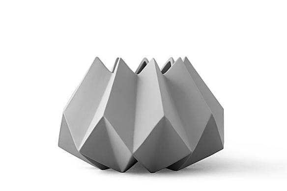 Folded Vase by Amanda Betz | moddea